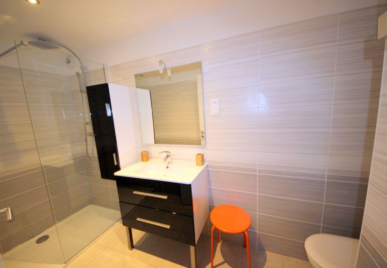 Ferienwohnung in Agay - Cap Esterel village C4: 2 Bedrooms flat, garden; washing machine  89la