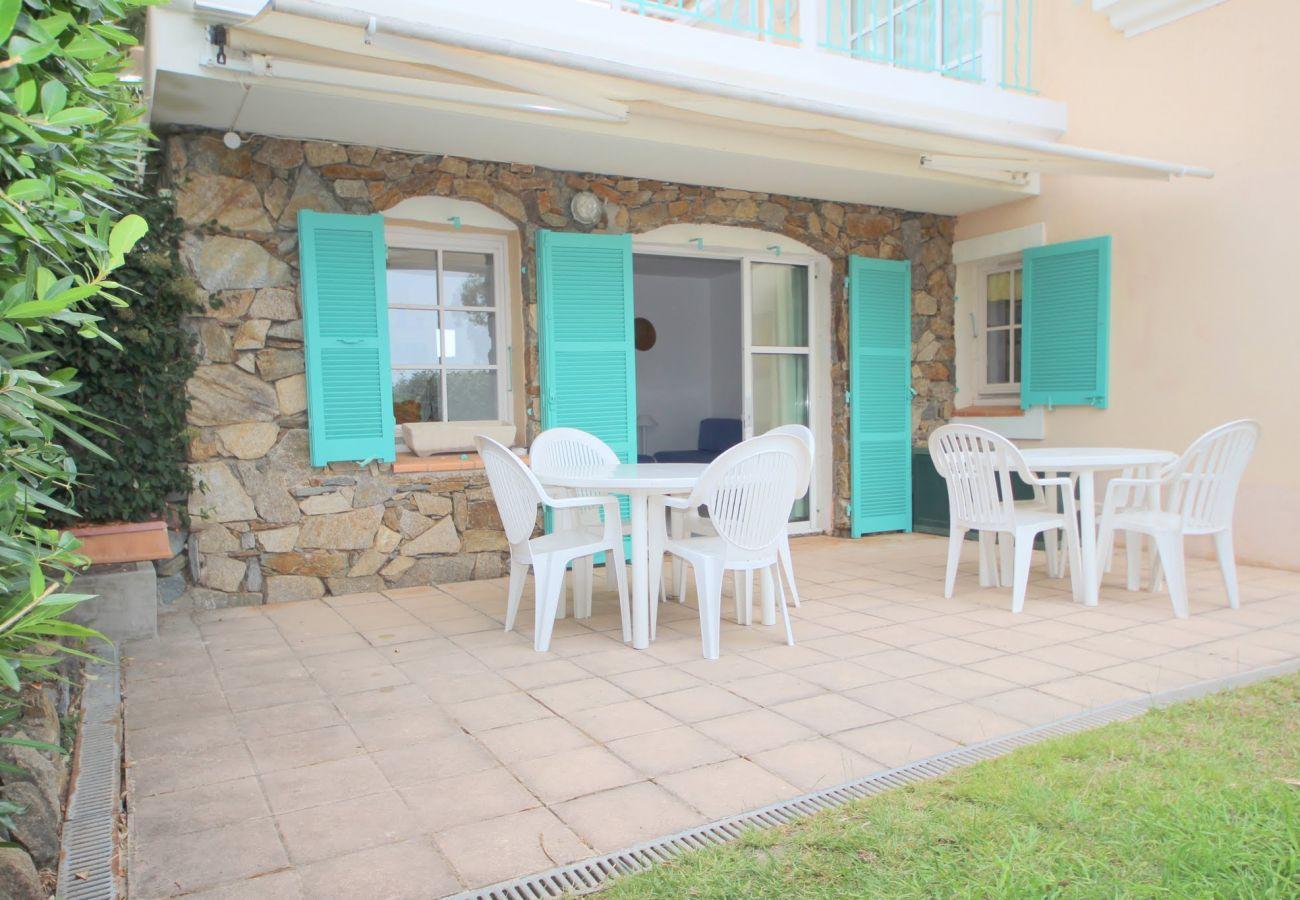Ferienwohnung in Agay - Cap Esterel Village : 3 pièces rez de jardin VJ- 274la