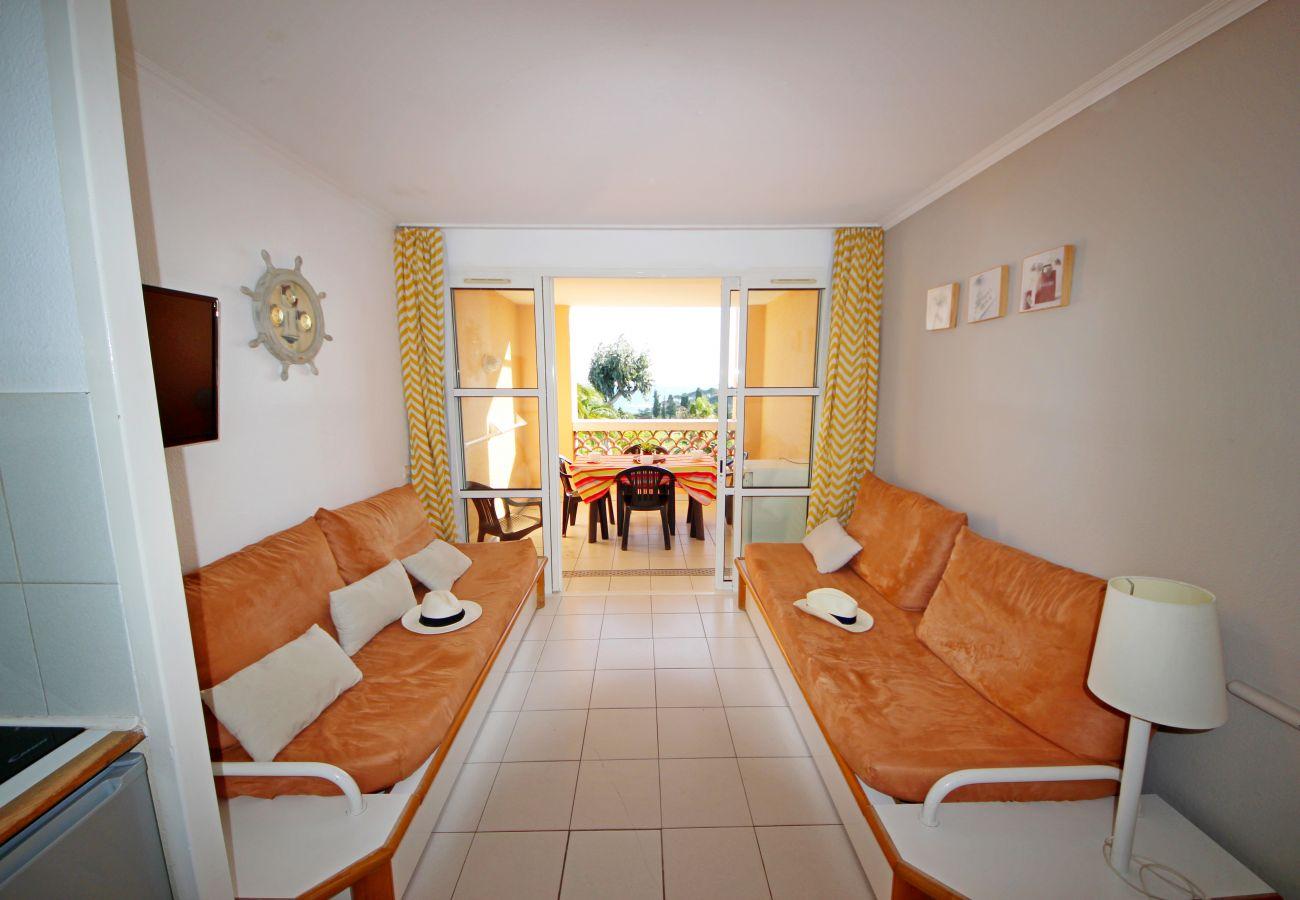 Apartment in Agay - CAP ESTEREL VILLAGE 2 pièces vue mer central accès facile  - C2  ref. 3la
