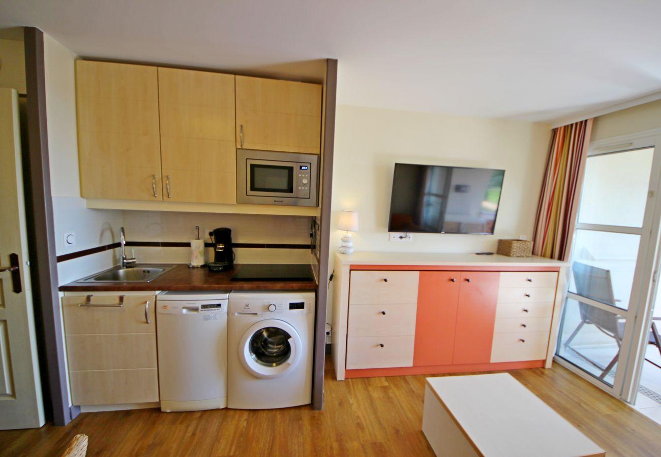 Apartment in Agay - Cap Esterel village: 2 pièces d'angle, vue mer - C0 353la
