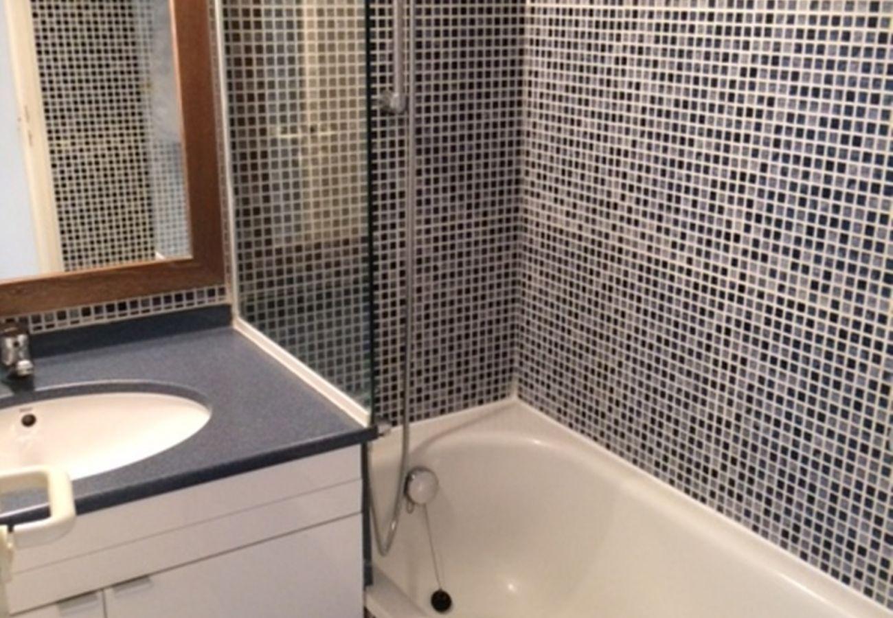 Appartamento a Agay - Cap Esterel Hameau : 2 P rez de jardin lave linge M1- 230la