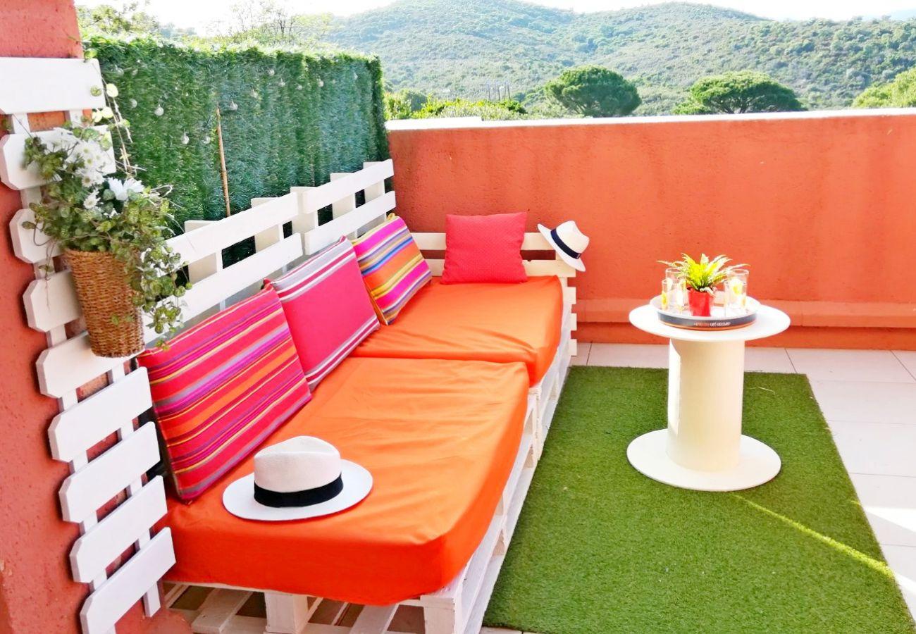 Studio à Agay - Studio cosy et pratique avec grande terrasse vue dégagée C1 - central - 292la