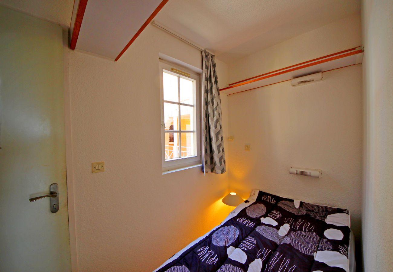 La cabine avec lit simple de l'appartement de Cap Esterel à Agay