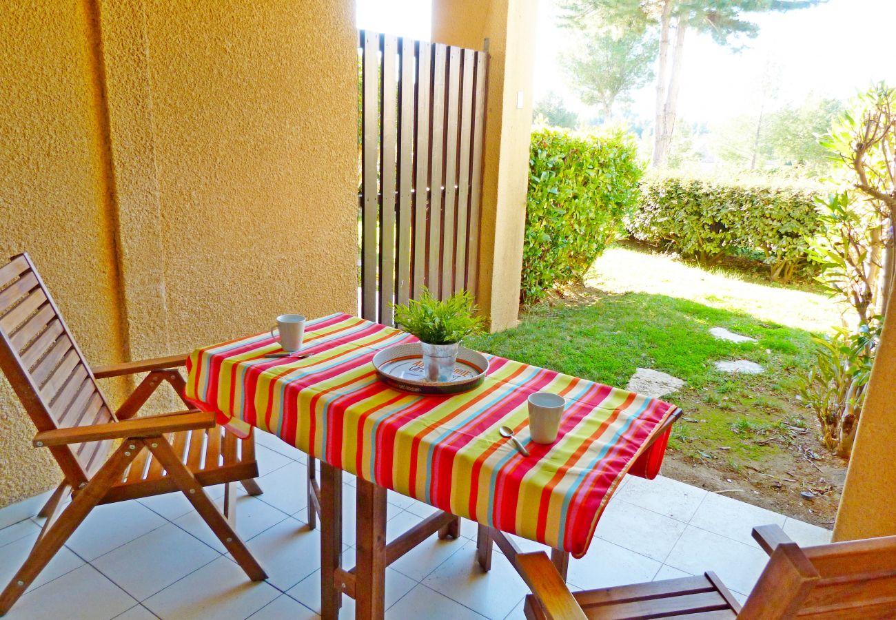 Studio à Agay - Cap Esterel village : studio rez de jardin lave linge R2 - 126la