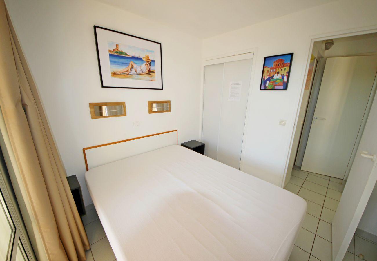 Appartement à Agay - CAP ESTEREL VILLAGE : 2 pièces rez de jardin calme rénové F3 - 91la