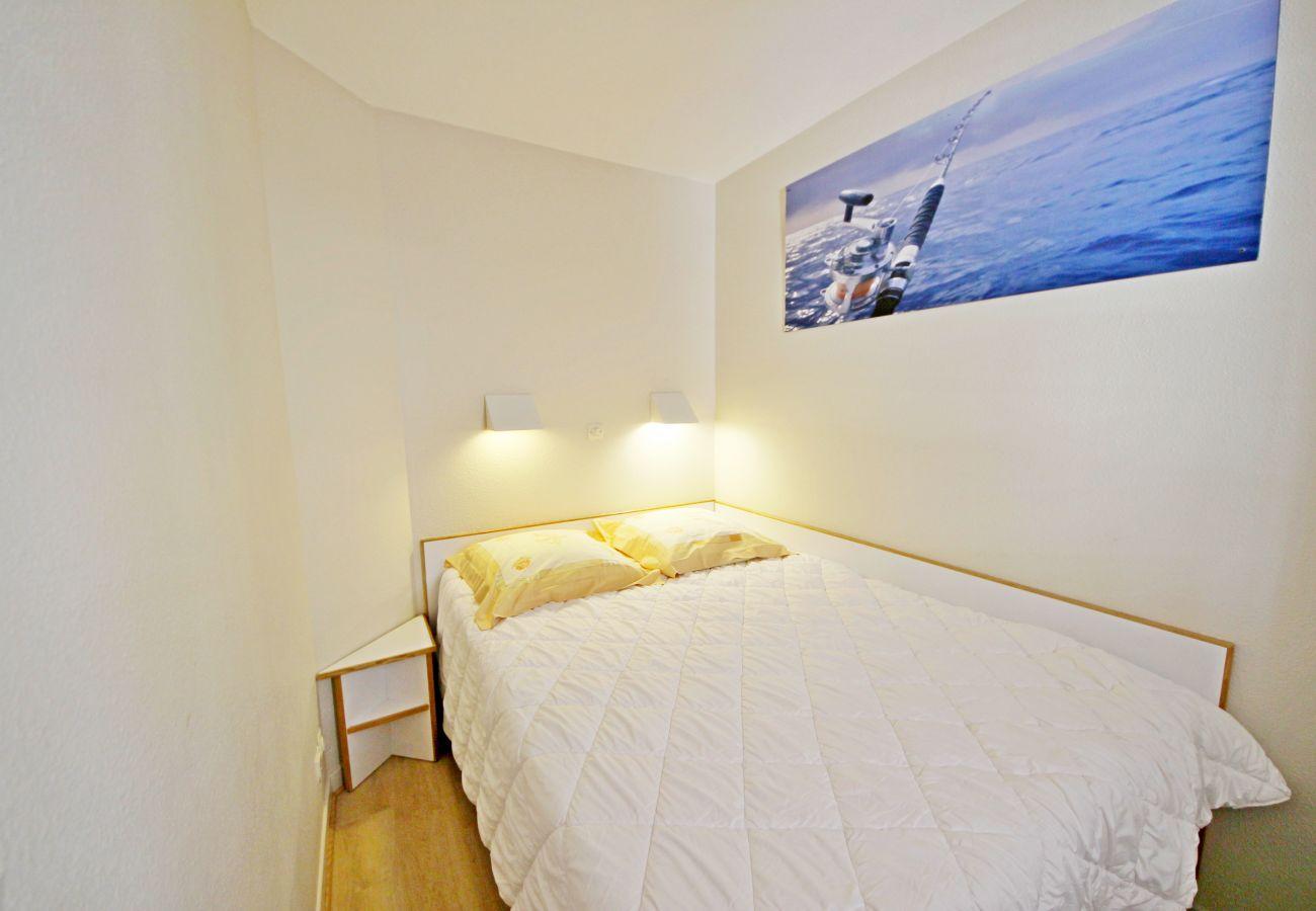 La chambre de l'appartement de Cap Esterel à Agay