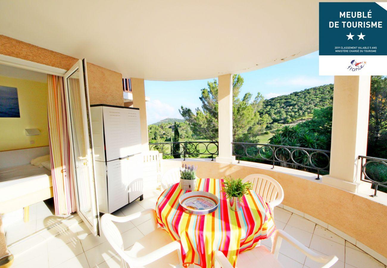 Appartement à Agay - CAP ESTEREL village vacances T2 étage mer calme J4-153la