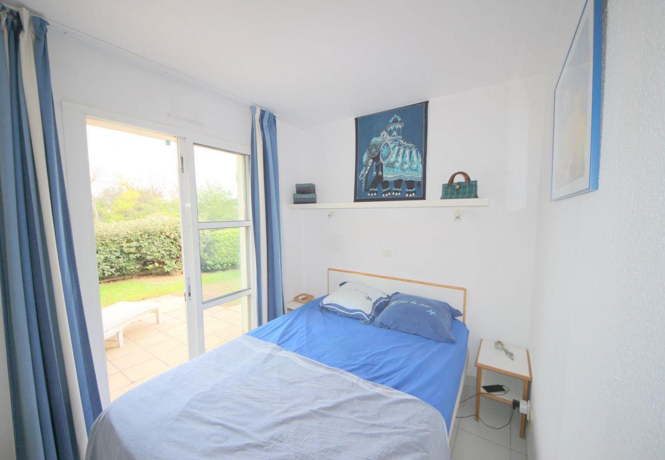 La chambre avec double de l'appartement de Cap Esterel à Agay
