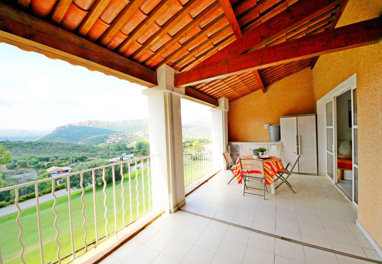 Studio à Agay - CAP ESTEREL Village vacances grand studio cabine avec lave linge et grande terrasse - H3 308la