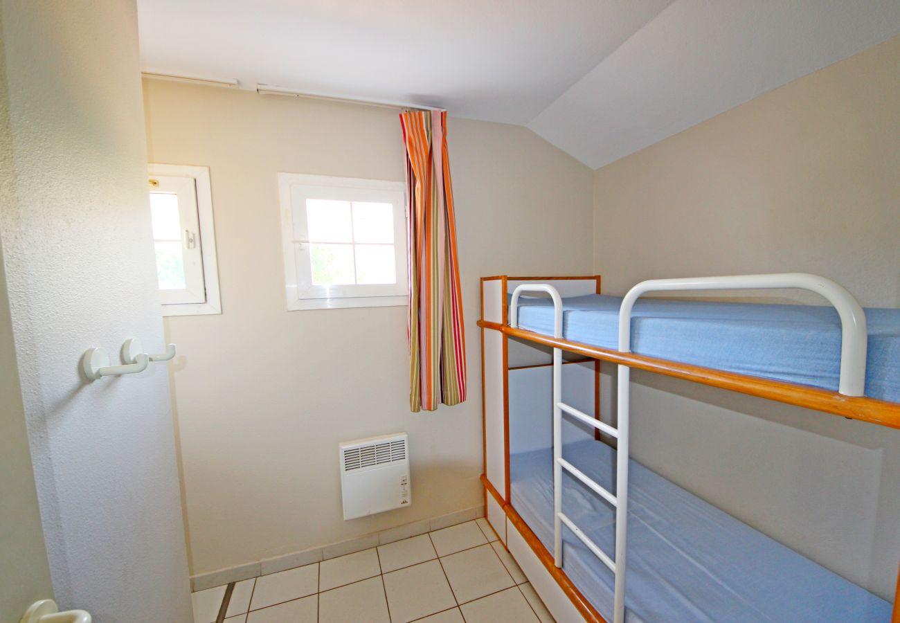 La cabine avec lits superposé de l'appartement de Cap Esterel à Agay