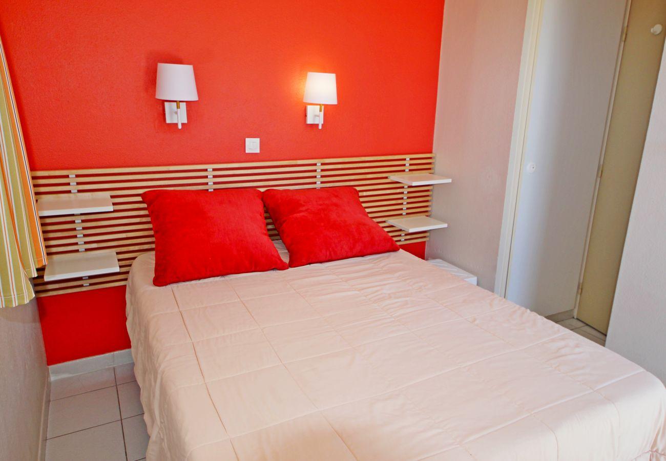 Appartement à Agay - Cap Esterel Village : 3 pièces mer au calme - F3  276la