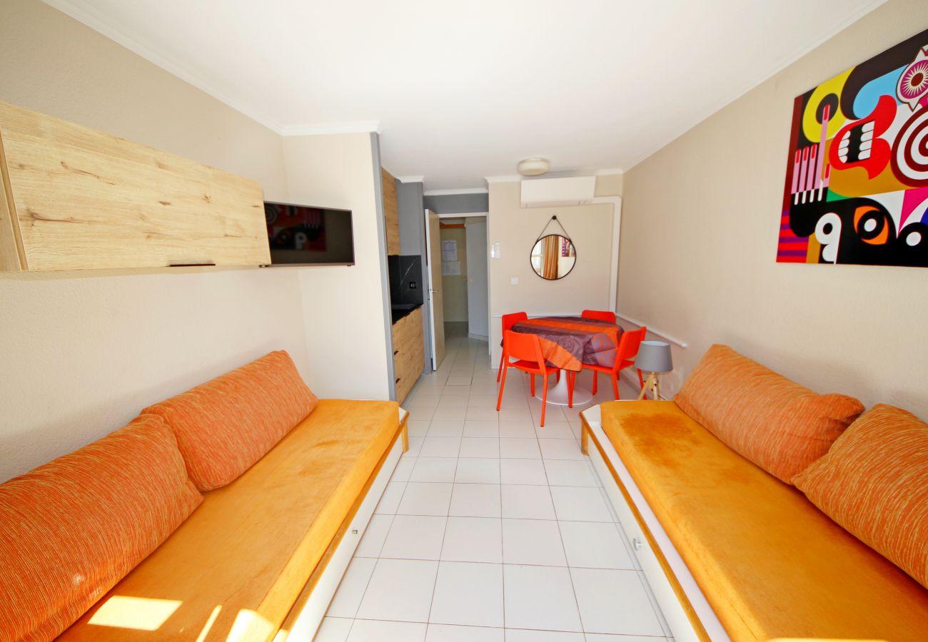 Studio à Agay - Cap Esterel centre B1, studio climatisé et rénové -  Ref. 302la