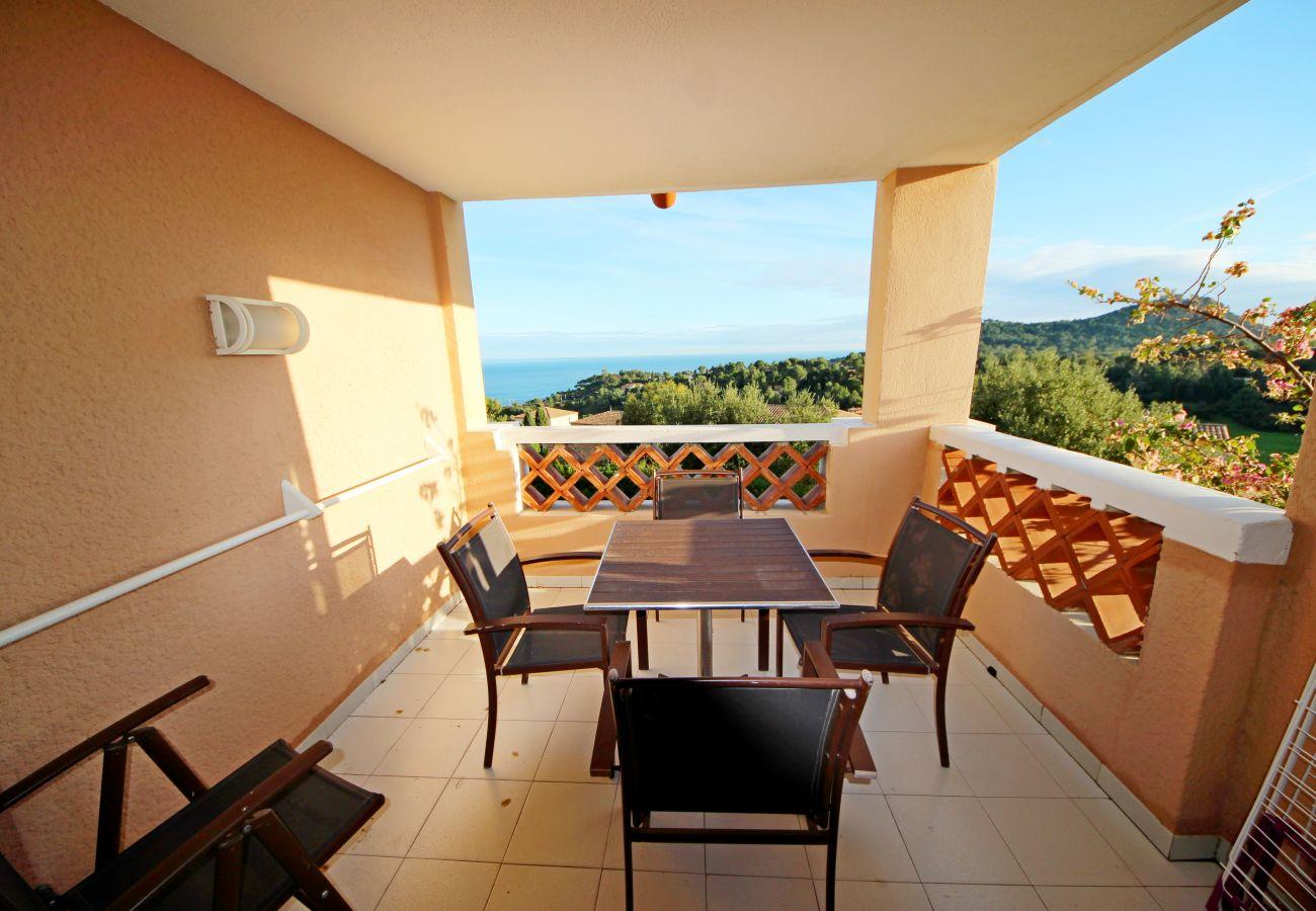 Studio à Agay - Cap Esterel village : Studio rénové vue mer - P3 - 376la