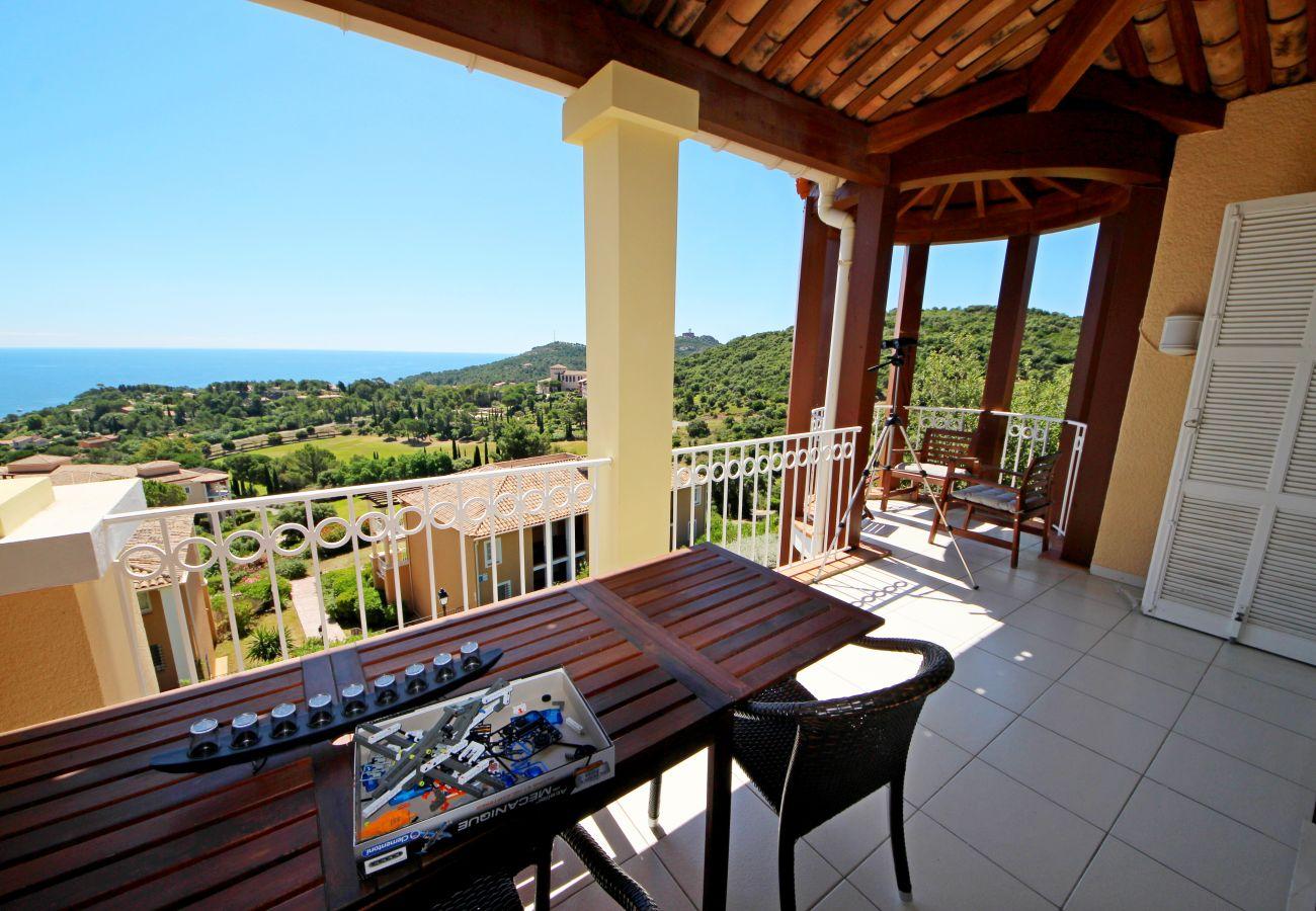Appartement à Agay - Cap Esterel les Bastides O2 : 3 pièces vue mer panoramique - 382la