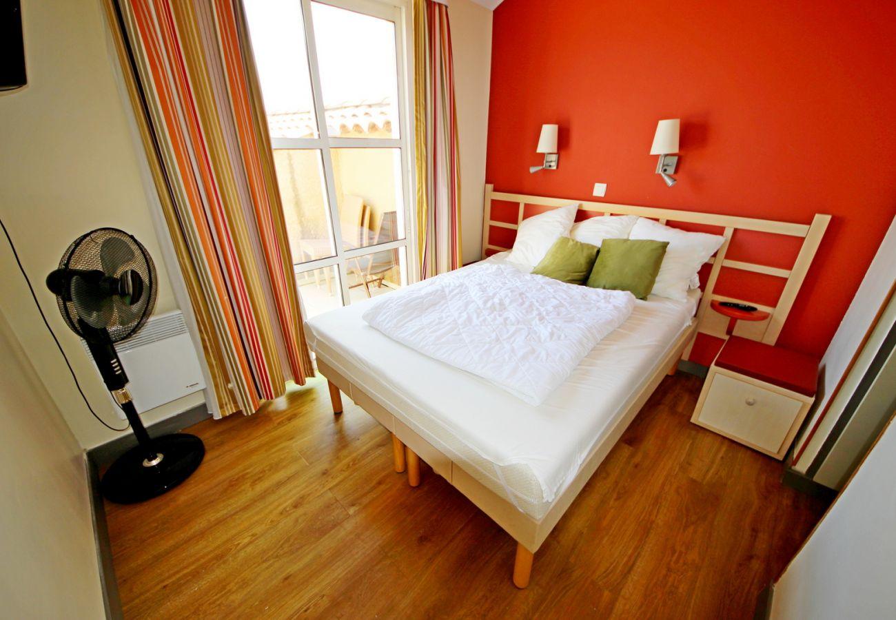 Appartement à Agay - Cap Esterel Village : 3 pièces rénové vue mer - P3 - 394la