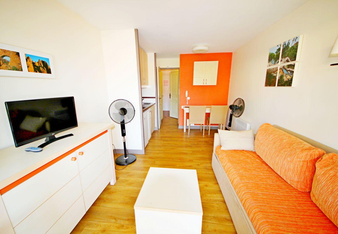 Studio à Agay - Cap Esterel village studio R8- 395LA