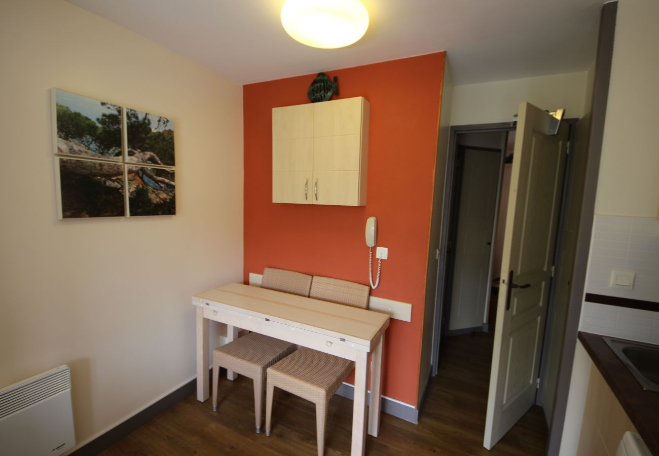 Studio à Agay - Cap Esterel Village : studio étage vue golf J2 : 452la